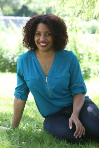 Kellye Garrett Author Photo Smaller - Kellye Garrett.jpg
